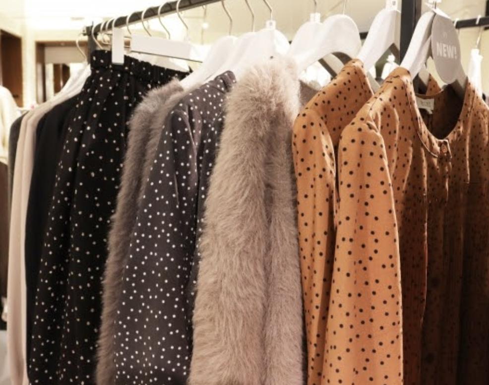 低身長女子におすすめ!ぴったりの似合う服が見つかる通販サイト6選
