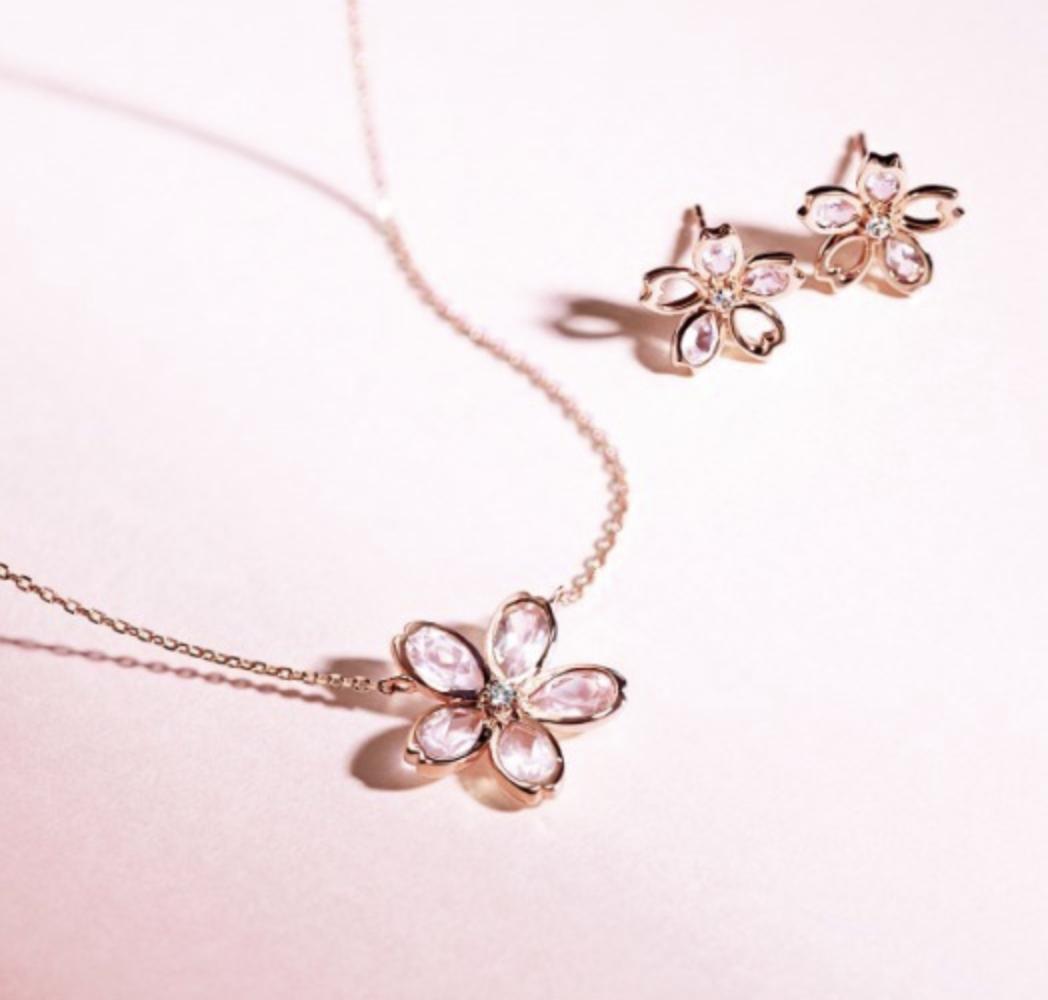 【春にオススメ】フラワーモチーフの春ジュエリー9選|プレゼントにもぴったり